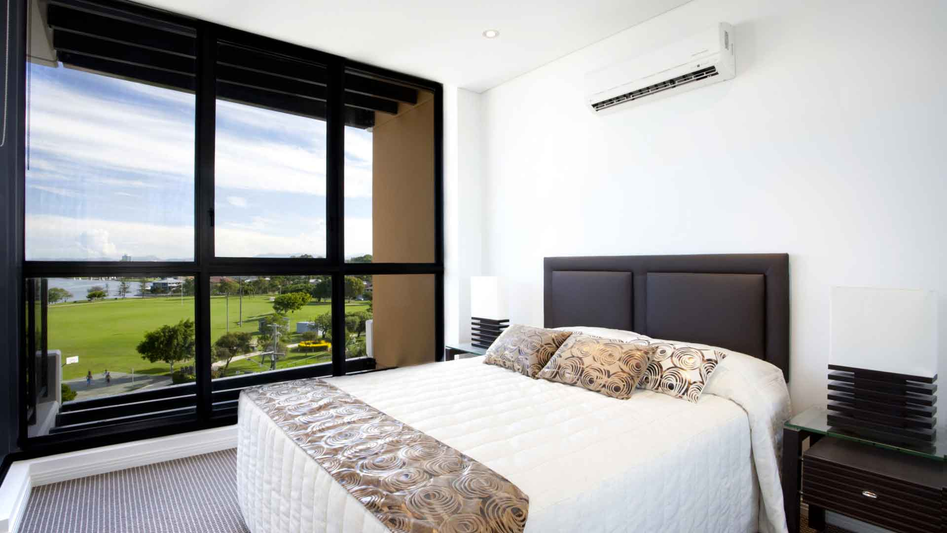 HOW TO COOL A ROOM WITH air conditioning installation chicago